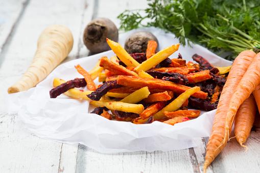Deep Fried「Sweet potato, carrot and parsnip fries」:スマホ壁紙(11)