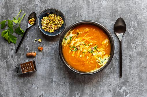 Sour Cream「Sweet potato soup with curcuma, coriander and pistazio」:スマホ壁紙(8)