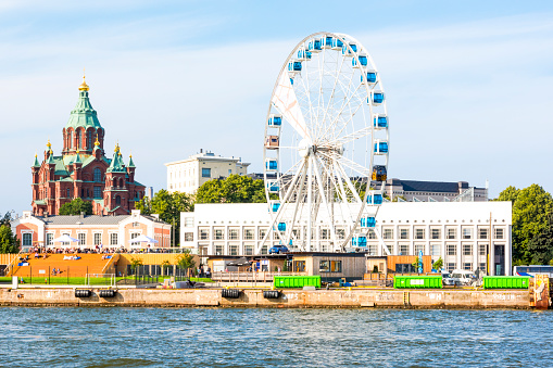 Cathedral「Finland, Helsinki, Uspenski Cathedral, big wheel Finnair Skywheel」:スマホ壁紙(16)