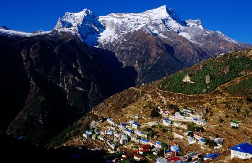 Khumbu「Namche Bazaar & peaks of Kwangde (6187m).」:スマホ壁紙(6)