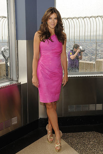 Elizabeth Hurley & Evelyn Lauder Light The Empire State Building - October 1, 2010:ニュース(壁紙.com)