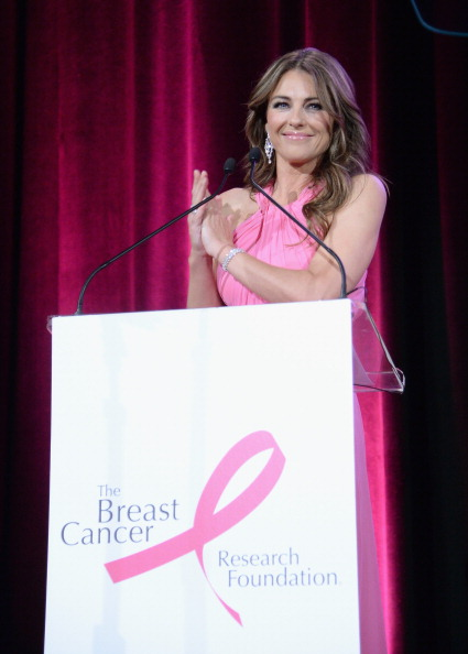 Halter Top「The Breast Cancer Research Foundation's 2014 Hot Pink Party - Inside」:写真・画像(6)[壁紙.com]