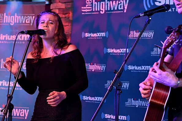 Stage - Performance Space「SiriusXM's The Highway Broadcasts Live During The Solar Eclipse In Nashville Featuring A Live Performance By Delta Rae At The FGL House」:写真・画像(3)[壁紙.com]