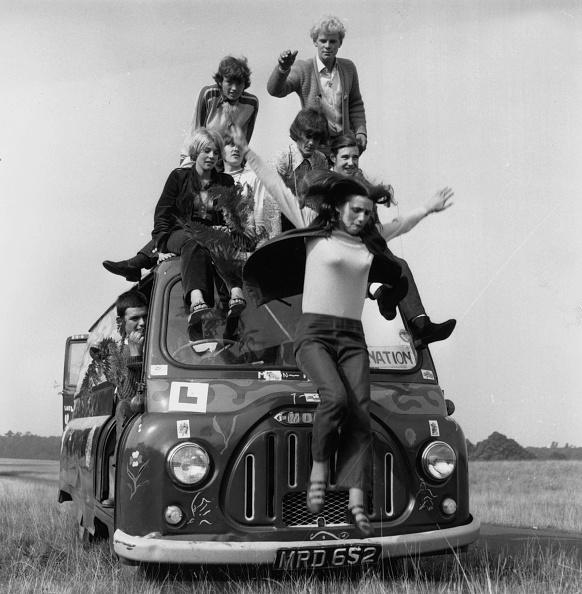 Bus「Hippies」:写真・画像(6)[壁紙.com]