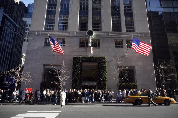 Tiffany & Co「British Shoppers Flock To New York On Strengthening Pound, Weakening Dollar」:写真・画像(14)[壁紙.com]