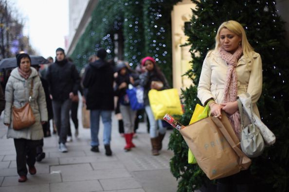 Oxford Street「Consumers In The Christmas Retail Rush」:写真・画像(3)[壁紙.com]