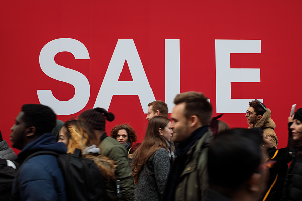 Sale「Shoppers Hit The Stores During Christmas Sales」:写真・画像(0)[壁紙.com]