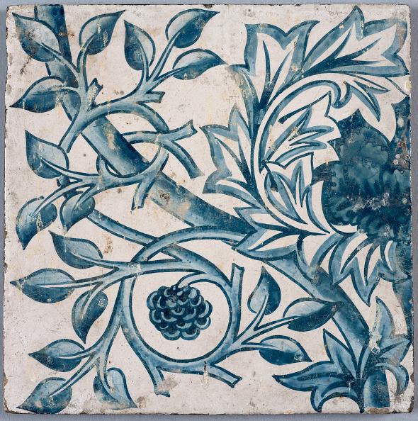 1870-1879「Blue Floral Motif. Tile」:写真・画像(10)[壁紙.com]