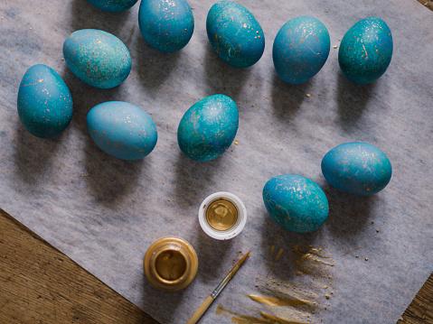 イースター「Modern hand dyed blue easter eggs」:スマホ壁紙(6)