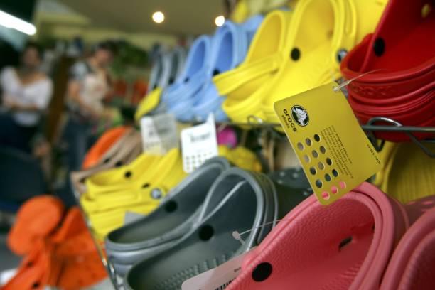 Crocs Shoes Increasingly Popular Amongst Trendy Israelis:ニュース(壁紙.com)