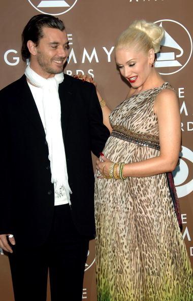 Strap「48th Annual Grammy Awards - Arrivals」:写真・画像(18)[壁紙.com]