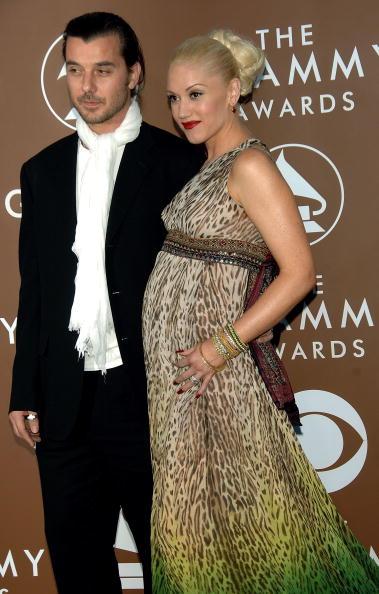 Strap「48th Annual Grammy Awards - Arrivals」:写真・画像(5)[壁紙.com]