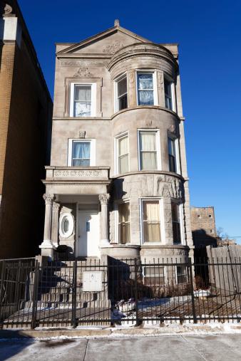 19th Century「Tall Greystone House in North Lawndale, Chicago」:スマホ壁紙(18)