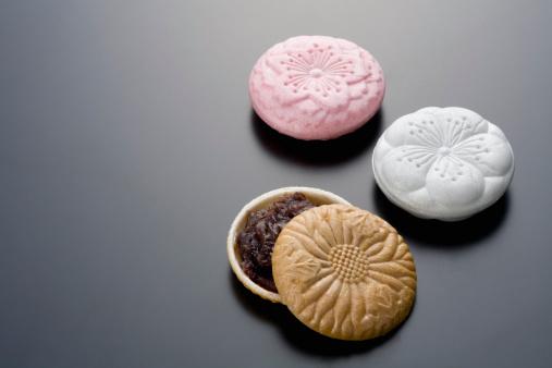 和菓子「Wafer cakes with grain bean jam.」:スマホ壁紙(13)