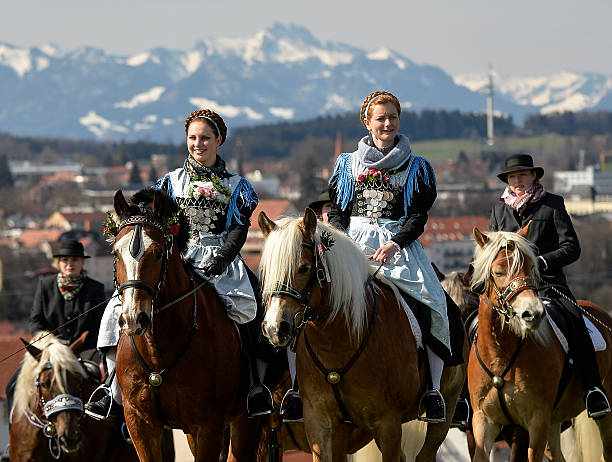 Annual Georgi-Ritt Mounted Procession:ニュース(壁紙.com)