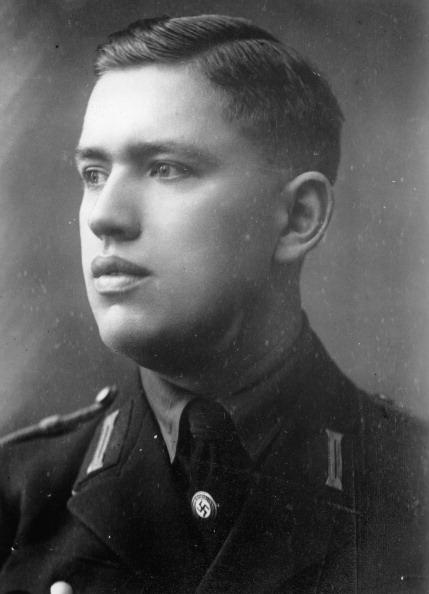 北チロル「Portrait Franz Hofer. Nazi Gauleiter of the Tyrol and Vorarlberg province. Innsbruck. Austria. Photograph. 1939. (Photo by Imagno/Getty Images) Portrait Franz Hofer. Gauleiter von Tirol. Innsbruck. Photographie. Photographie. 1939.」:写真・画像(1)[壁紙.com]