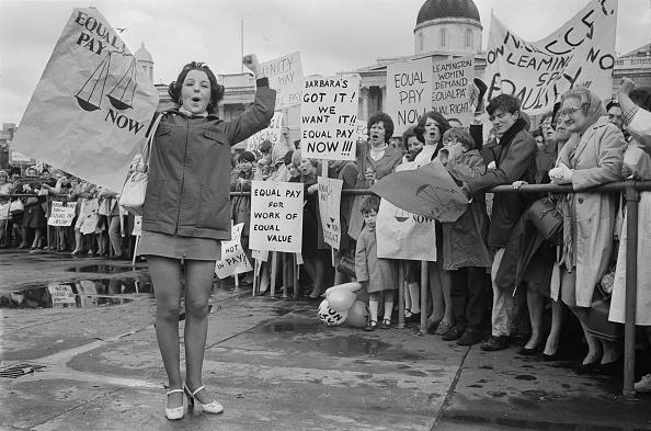 1960-1969「Equal Pay Now」:写真・画像(4)[壁紙.com]