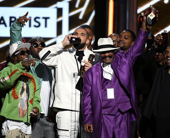 Drake - Entertainer「2017 Billboard Music Awards - Show」:写真・画像(17)[壁紙.com]