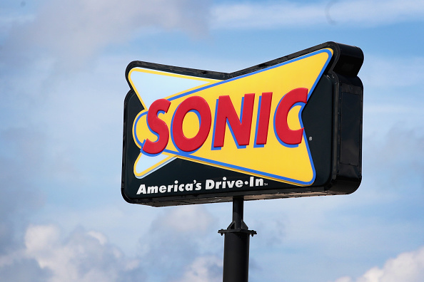 Fast Food「Inspire Brands Inc To Acquire Sonic Restaurant Chain For $2.3 Billion」:写真・画像(0)[壁紙.com]