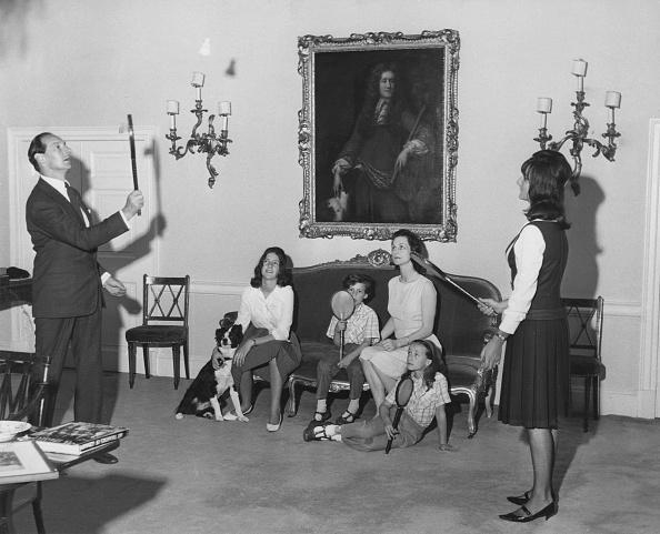 犬「Lord Harlech And Family」:写真・画像(19)[壁紙.com]