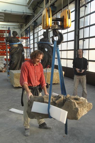 Pulley「Sculptors Recreate Facade Elements Of Berliner Schloss」:写真・画像(18)[壁紙.com]