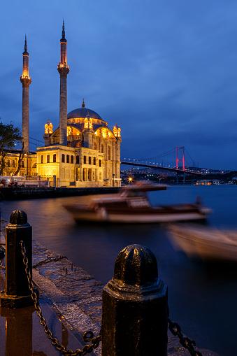 Turkish Culture「Ortakoy mosque and Bosphorus bridge, Istanbul, Turkey」:スマホ壁紙(17)