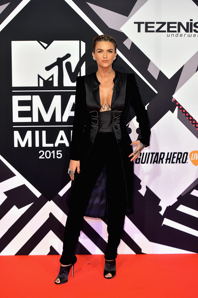 MTVヨーロッパ音楽賞「MTV EMA's 2015 - Red Carpet Arrivals」:写真・画像(3)[壁紙.com]