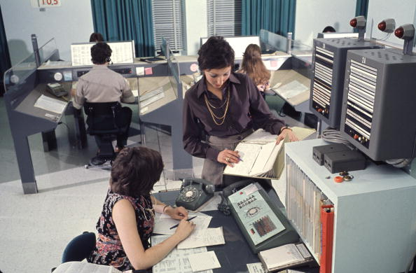 1970-1979「Women Working」:写真・画像(8)[壁紙.com]