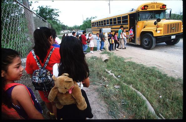 School Bus「Colonias In Texas」:写真・画像(11)[壁紙.com]