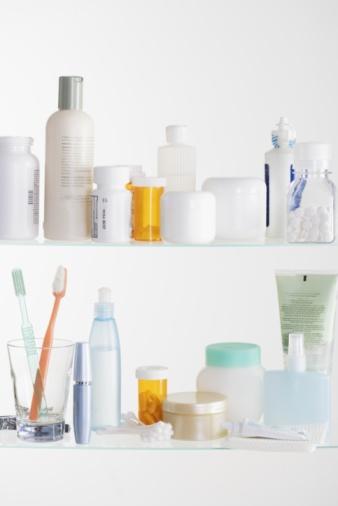 Toiletries「Medicine cabinet shelves」:スマホ壁紙(19)