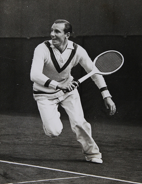 テニス「Tennis. The English Tennis Player Fred Perry In A Backhand Motion. About 1935. Photograph.」:写真・画像(5)[壁紙.com]