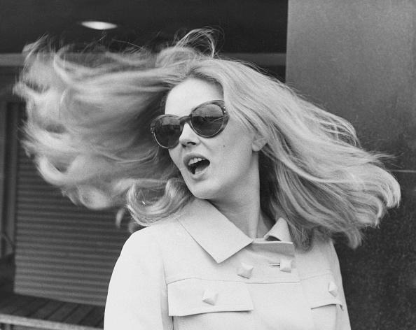 Long Hair「Beba Loncar」:写真・画像(4)[壁紙.com]