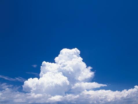 Japan「Cumulonimbus clouds in a blue sky」:スマホ壁紙(9)