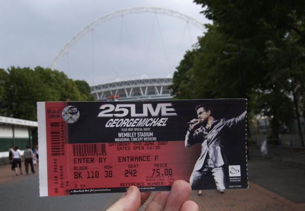 New「George Michael Performs First Concert At New Wembley Stadium」:写真・画像(5)[壁紙.com]