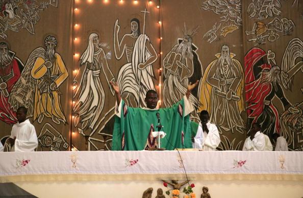 Religious Mass「N'djamena, Chadian Capital」:写真・画像(1)[壁紙.com]