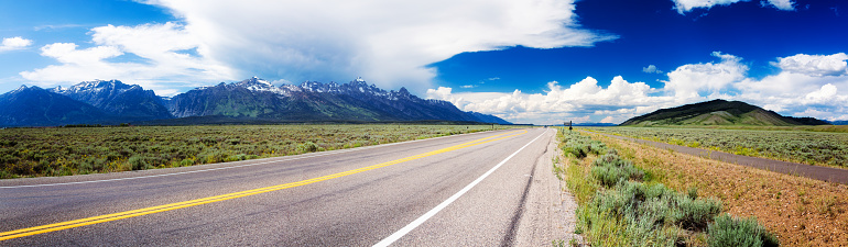 Empty Road「Highway 89 panorama in Wyoming USA near Grand Teton park」:スマホ壁紙(0)