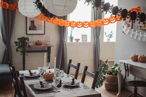 October「Halloween lunch」:スマホ壁紙(3)