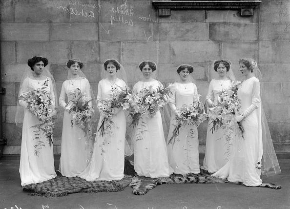 Bridesmaid「Bridesmaids」:写真・画像(0)[壁紙.com]