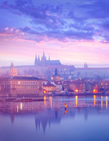 St Vitus's Cathedral「St. Vitus Cathedral and Charles Bridge in Prague」:スマホ壁紙(5)
