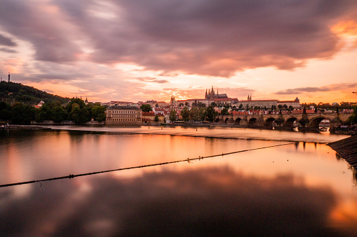 St Vitus's Cathedral「St Vitu's Cathedral and Charles Bridge at sunset in Prague」:スマホ壁紙(17)