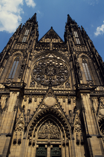 St Vitus's Cathedral「St. Vitus' cathedral, Prague, Czech republic, low angle view」:スマホ壁紙(10)