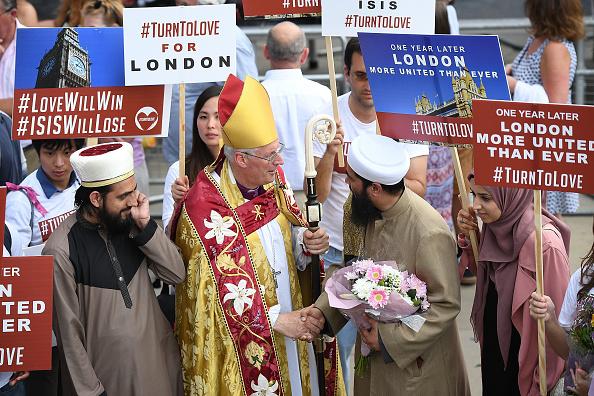 Corner「First Anniversary of The London Bridge Terror Attack Is Observed」:写真・画像(5)[壁紙.com]