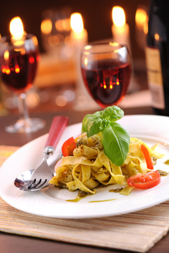 Table For Two「Homemade pappardelle with pesto and parmesan cheese」:スマホ壁紙(6)