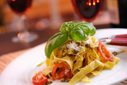 Restaurant「Homemade pappardelle with pesto and parmesan cheese」:スマホ壁紙(10)