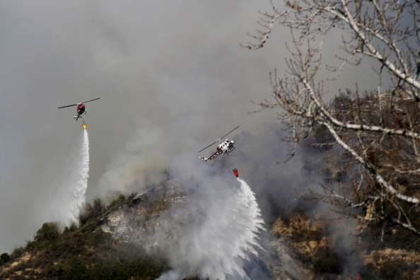 Azusa - California「Brush Fire Threatens Residential Neighborhood Near Glendora」:写真・画像(9)[壁紙.com]