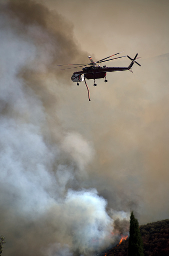 Battle「Helicopters Fighting California Wildfire」:スマホ壁紙(0)