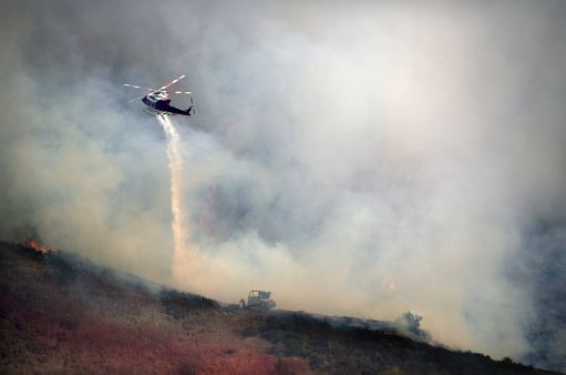 Battle「Helicopters Fighting California Wildfire」:スマホ壁紙(14)