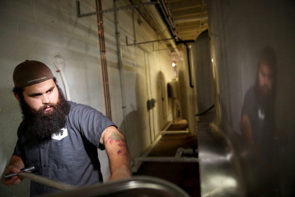 Mash - Food State「Florida Lawmakers Pass Bill That Bans State Breweries From Selling 64 Ounce Growlers」:写真・画像(1)[壁紙.com]