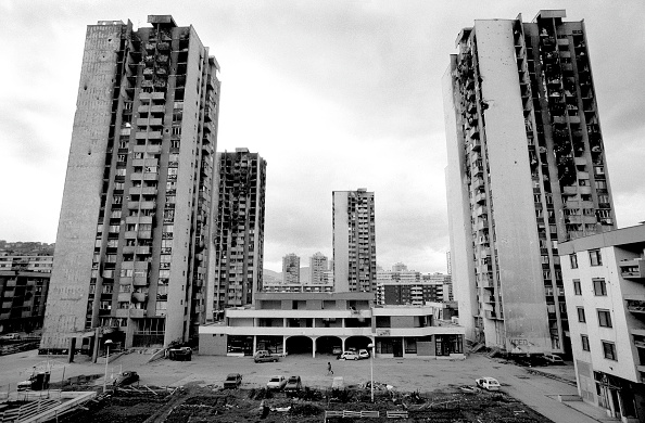 Apartment「Bosnia, Sarajevo, War damaged high rise apartment blocks」:写真・画像(13)[壁紙.com]