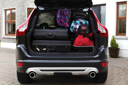 Car「Bags in boot of car」:スマホ壁紙(3)